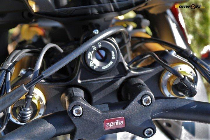 Horquilla electronica de la Aprilia Tuono V4 1100 Factory MY19