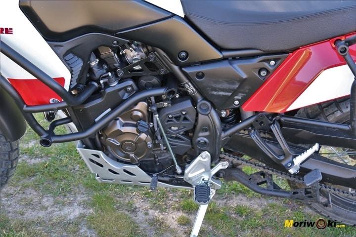 Motor Cross plane 689 cc de la Yamaha Tenere 700