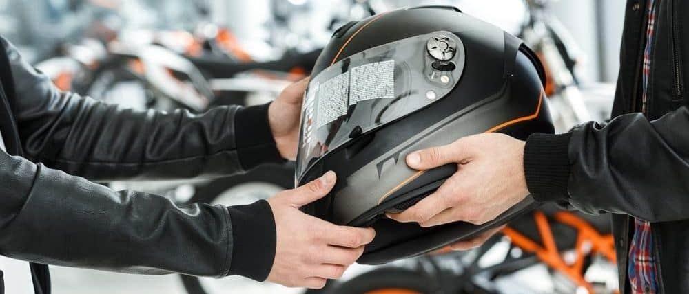 ¿Qué casco de moto barato comprar?
