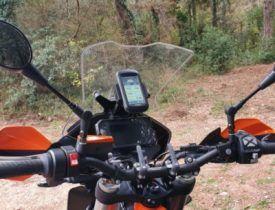 GPS en moto Enduro naranja