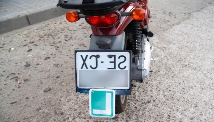 l verde en moto