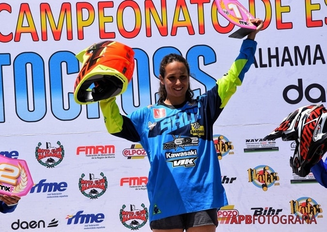 Gabriela Seisdedos 7 veces campeona de Motocross femenino.