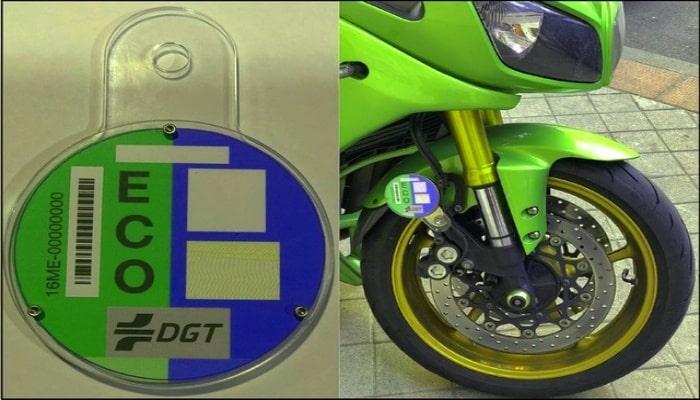 etiqueta ECO en moto verde
