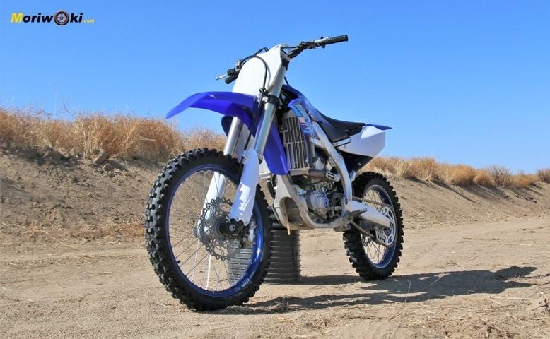 Perspectiva Prueba Yamaha YZF250.