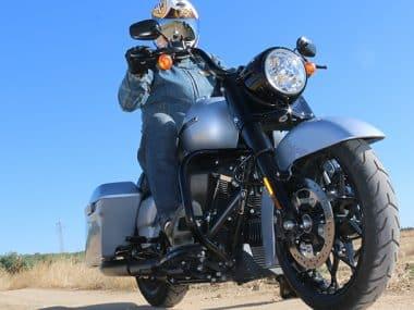 Prueba Harley Road King Special 1