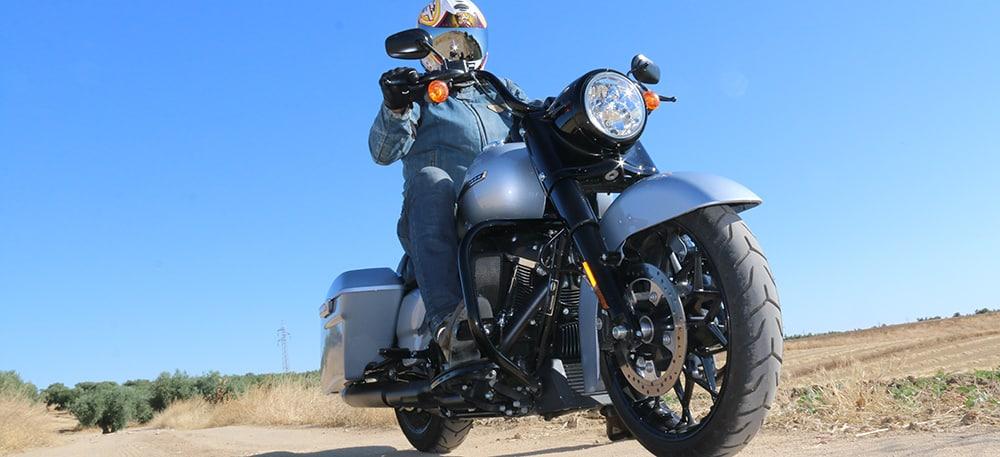 Prueba Harley Davidson Road King Special 2020