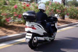 Cuál es el mejor soporte de baúl para motos