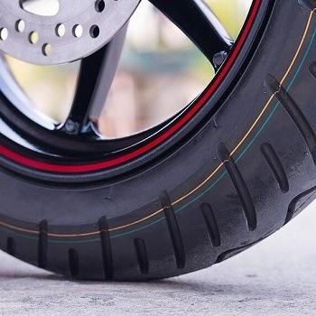 Mejores limpia llantas de moto