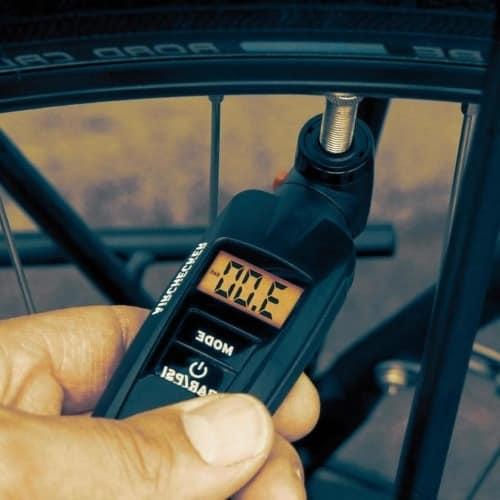 manómetro digital para bicicletas