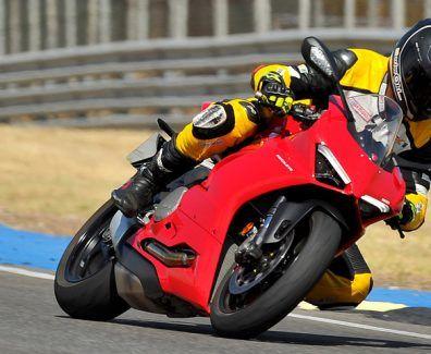Prueba Ducati Panigale V2 en circuito