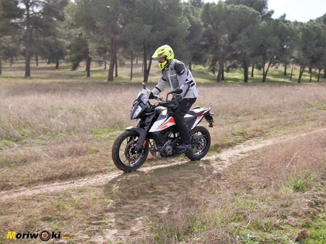 Prueba KTM 390 Adventure. En la senda.