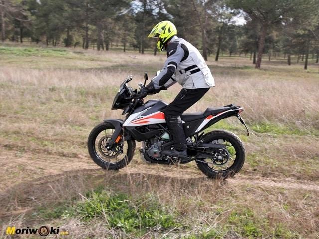 Prueba KTM 390 Adventure. Paso.