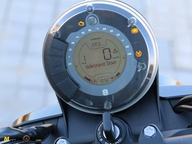 Reloj de la Husqvarna Svartpilen 701.