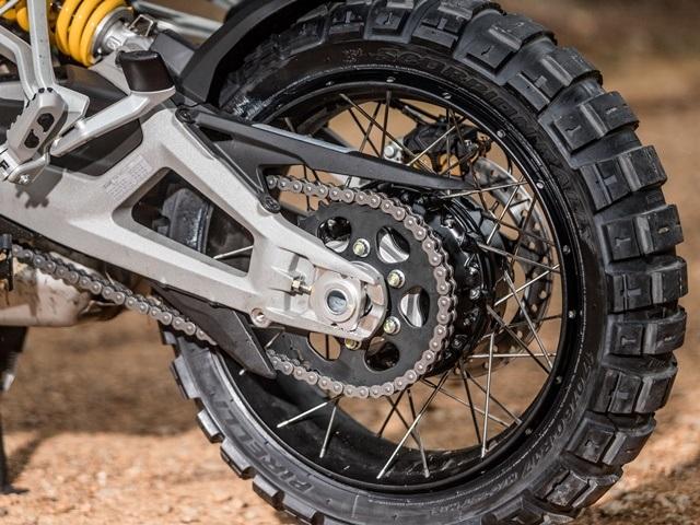 Prueba Ducati Multistrada V4. Traccion off road.